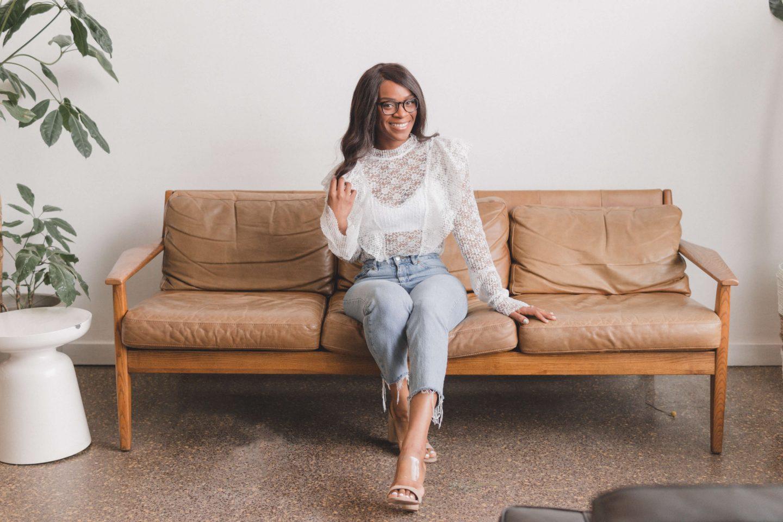 Sababok Howdoiyoga Margaretbeautyandthebeatblog Couch 1440x960