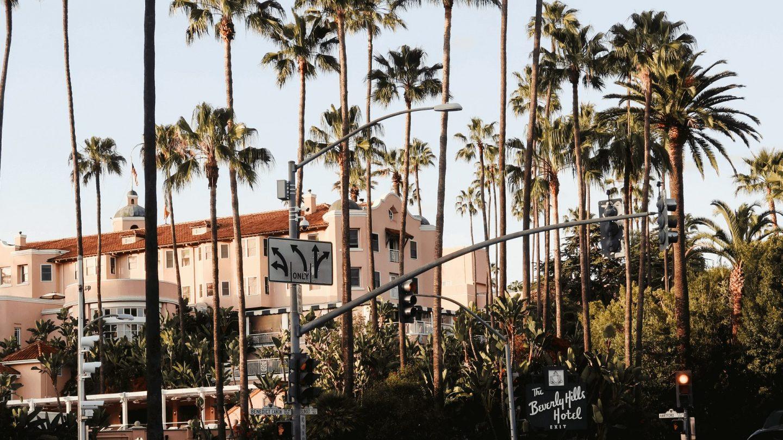 Zoombackgroundsfortravelers Beverlyhills 1440x810