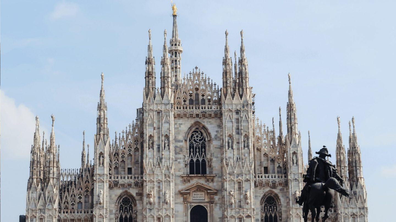 Zoombackgroundsfortravelers Duomo 1440x810